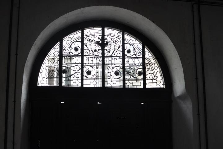 15_semper_window